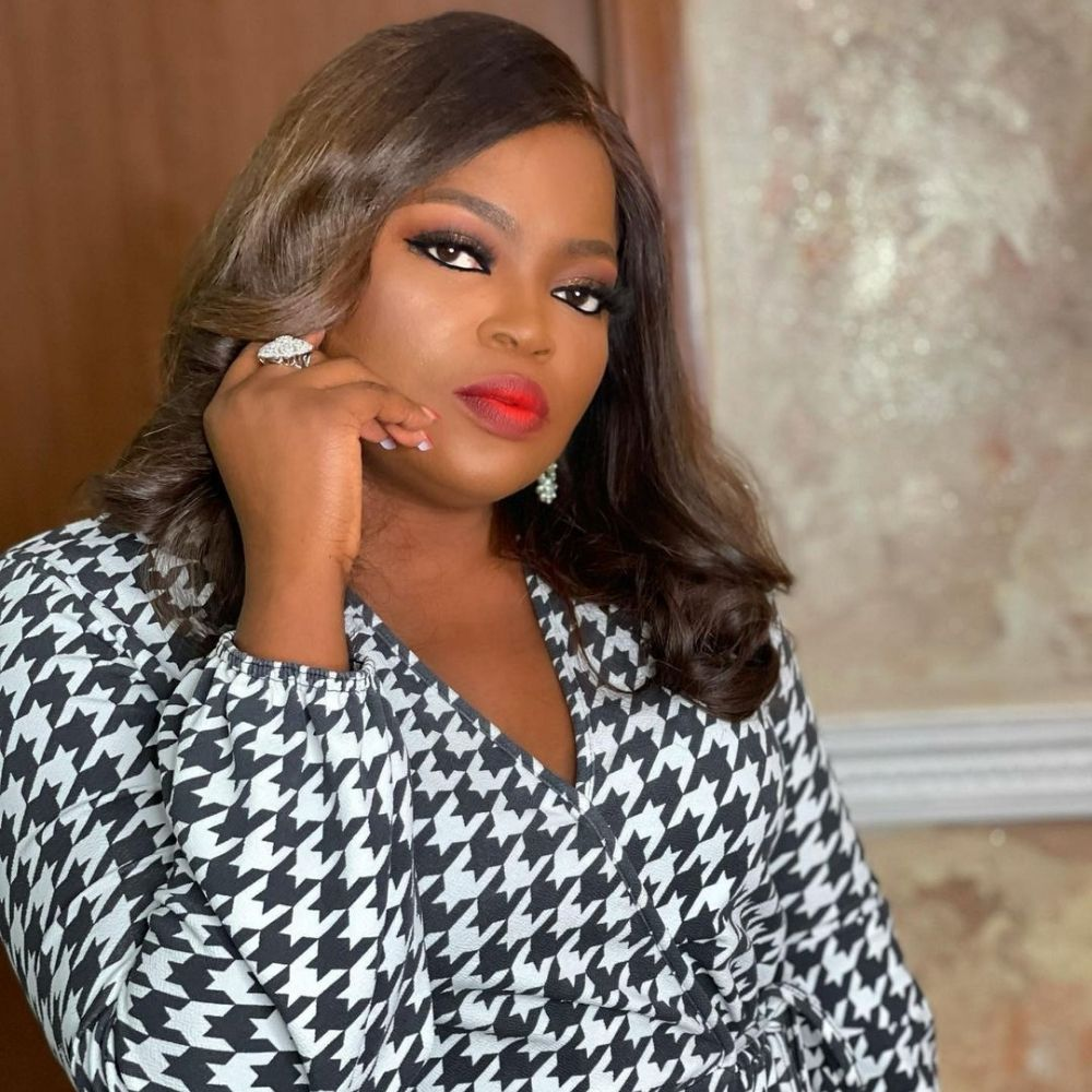 funke-akindele-instagram-vanessa-kobe-bryant-wedding-anniversary-jose-mourinho-sacked-latest-news-global-world-stories-monday-april-2021-style-rave
