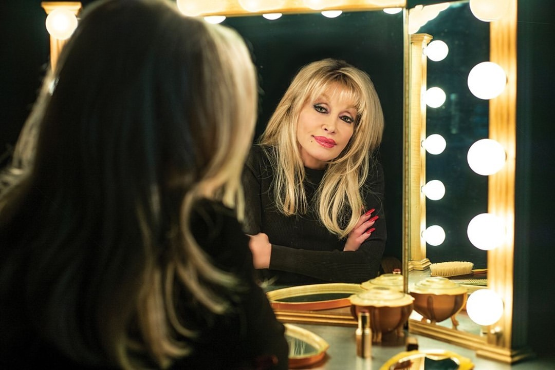 dolly-parton-wsj-magazine-country-singer-style-rave