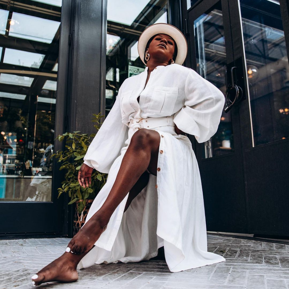 how-to-pose-like-an-influencer-for-that-extra-edge
