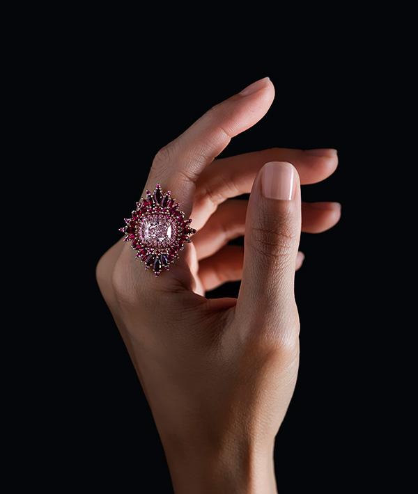 black-jewelry-designers-sothebys-exhibition-style-rave