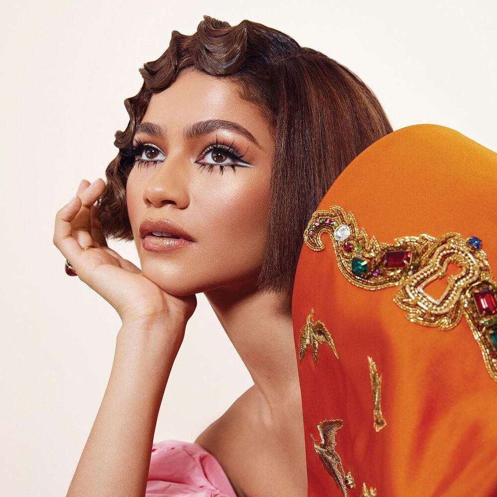 zendaya-cfda-fashion-icon-award-style-rave